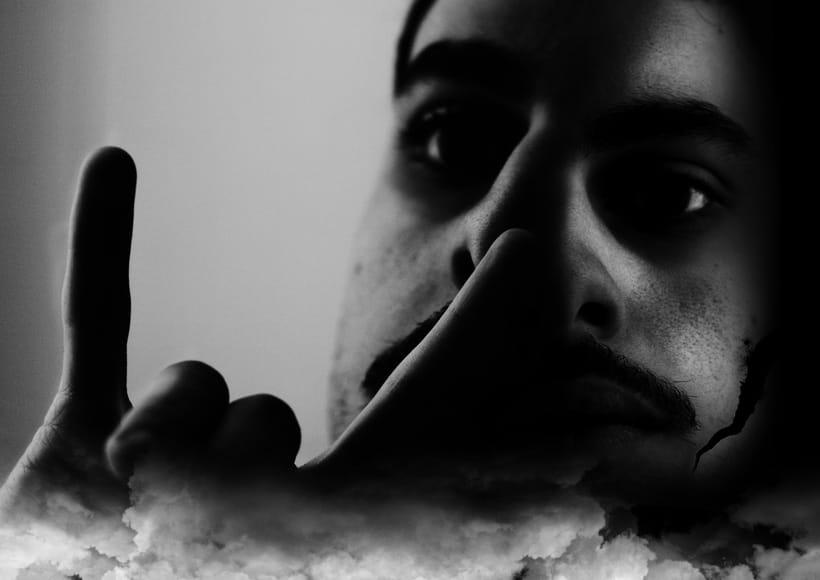 Mi Proyecto del curso: Fotografía para la imaginación -Doble moral- -1