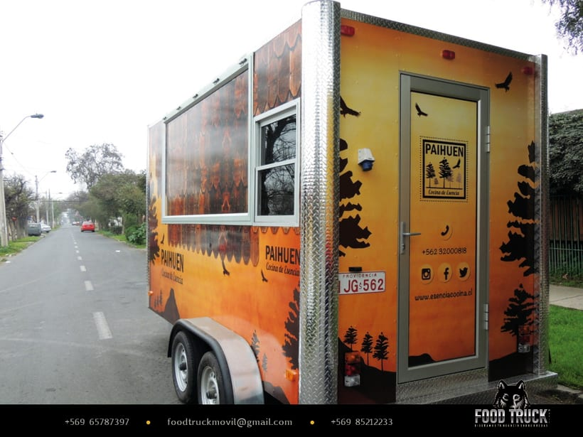PAIHUEN Cocina de Esencia // Diseño de rotulación de Food truck 2