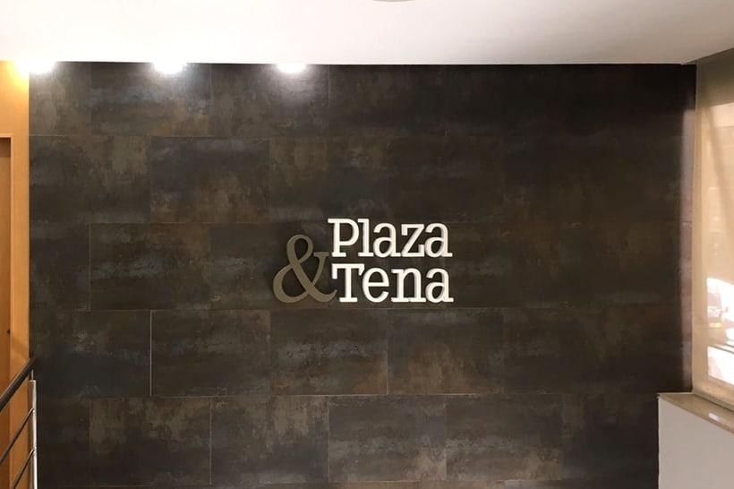PLAZA & TENA 1