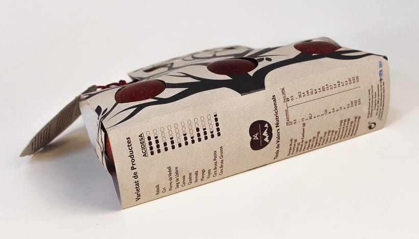 Packaging Project: Pomes del Montseny 2