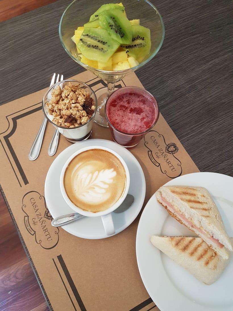 CAFETERÍA CAFÉ CASA ZAÑARTU. -1
