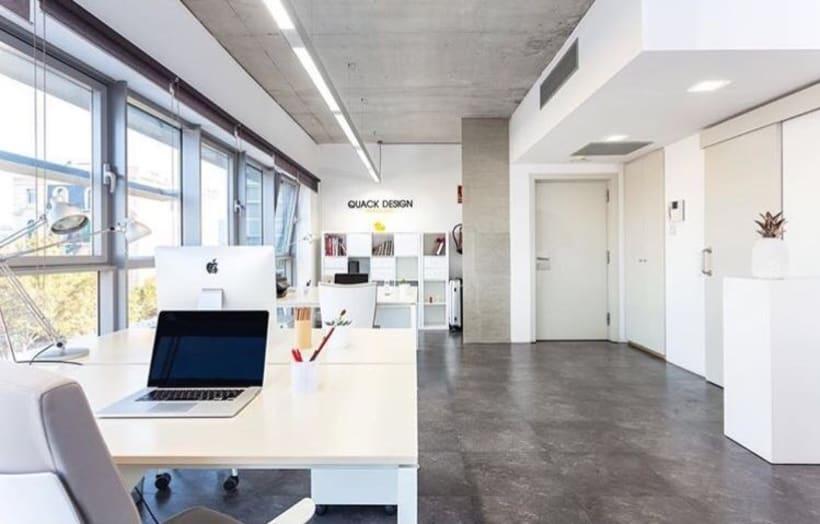 Alquilo espacio en Oficina Poblenou 1