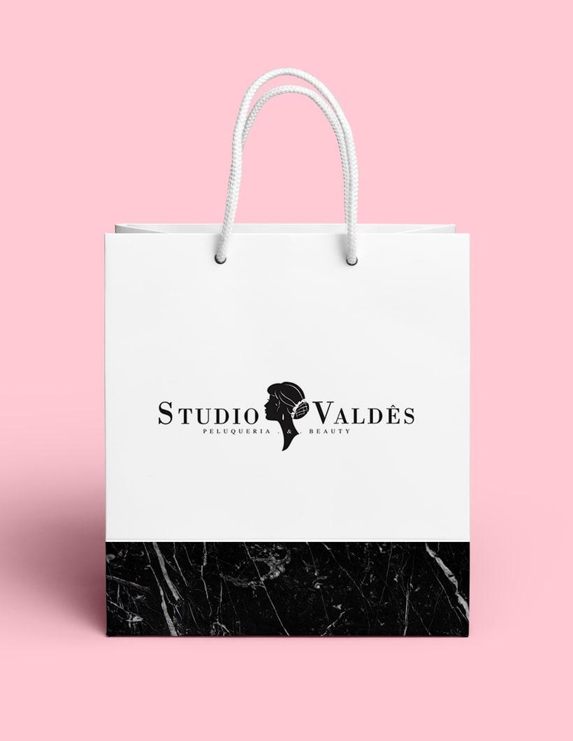 Studio Valdés // Diseño, Social Media y + 4