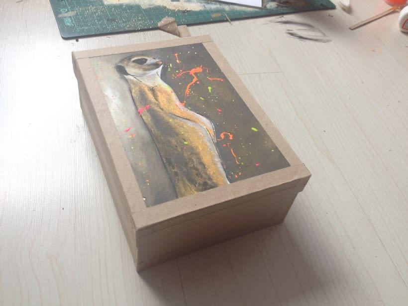 Cajas pintadas a mano para pastelería -1