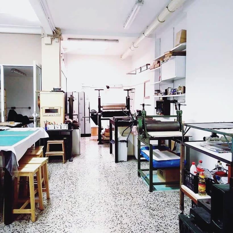 Buscamos artistas para compartir espacio en Barcelona (Eixample) 1