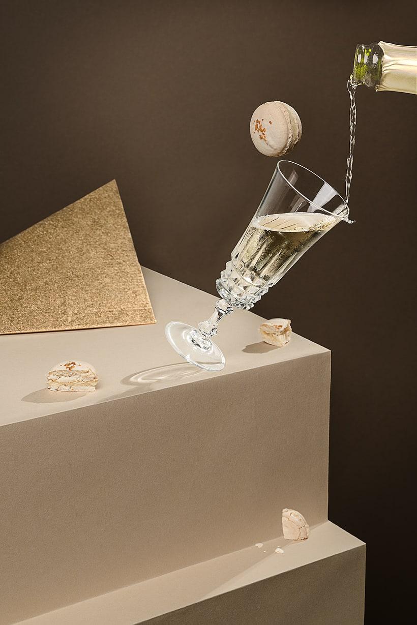 Champagne Macarons -1