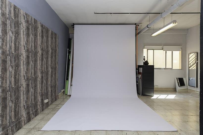 Busco compañer@ para compartir mi estudio de foto en principe pio 2