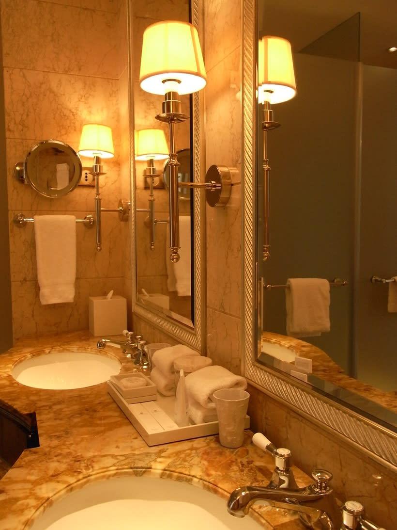 Lighting Designs Sydney for Great Bathroom Lights -1