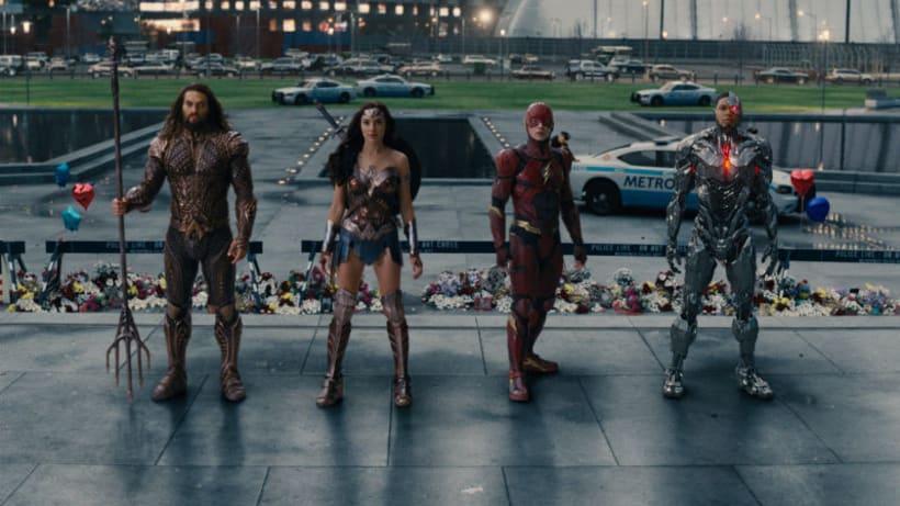Justice League - Layout  0