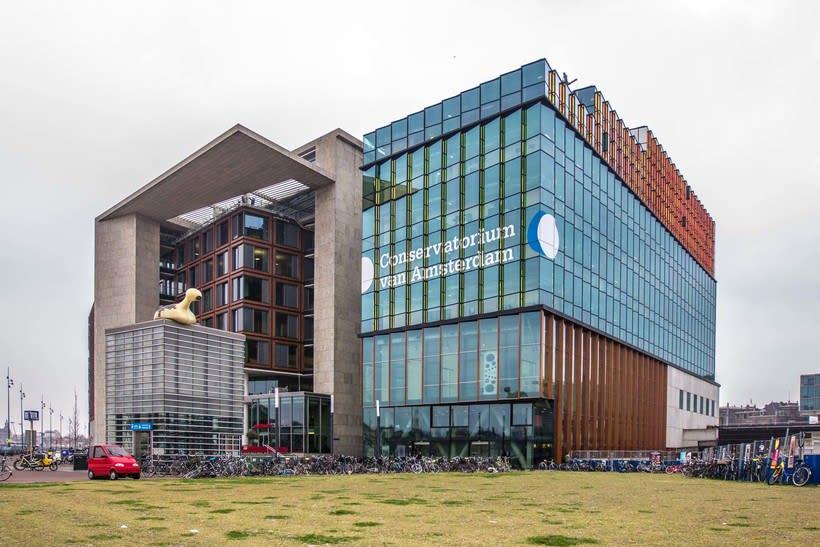 Biblioteca Ámsterdam -1