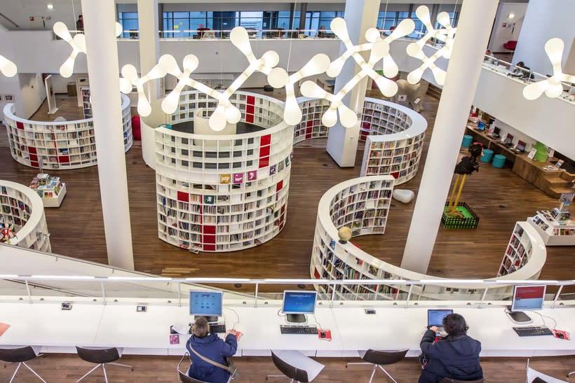 Biblioteca Ámsterdam 6