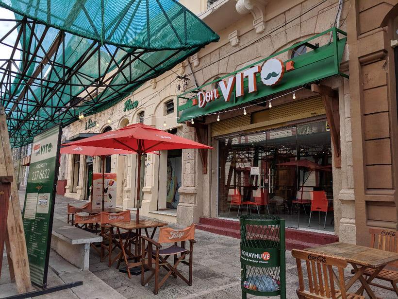 Diseño local empanadas Don Vito 4