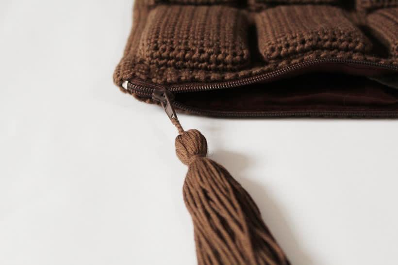 bolso de ganchillo - tableta de chocolate 3