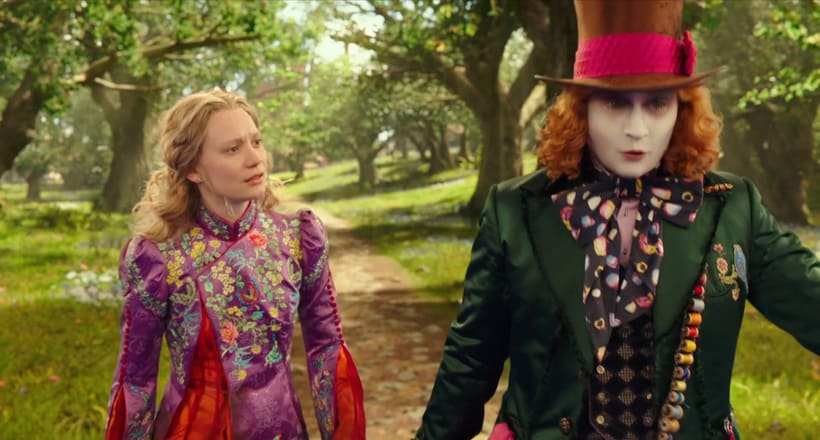 Alice Through The Looking Glass - Layout 1