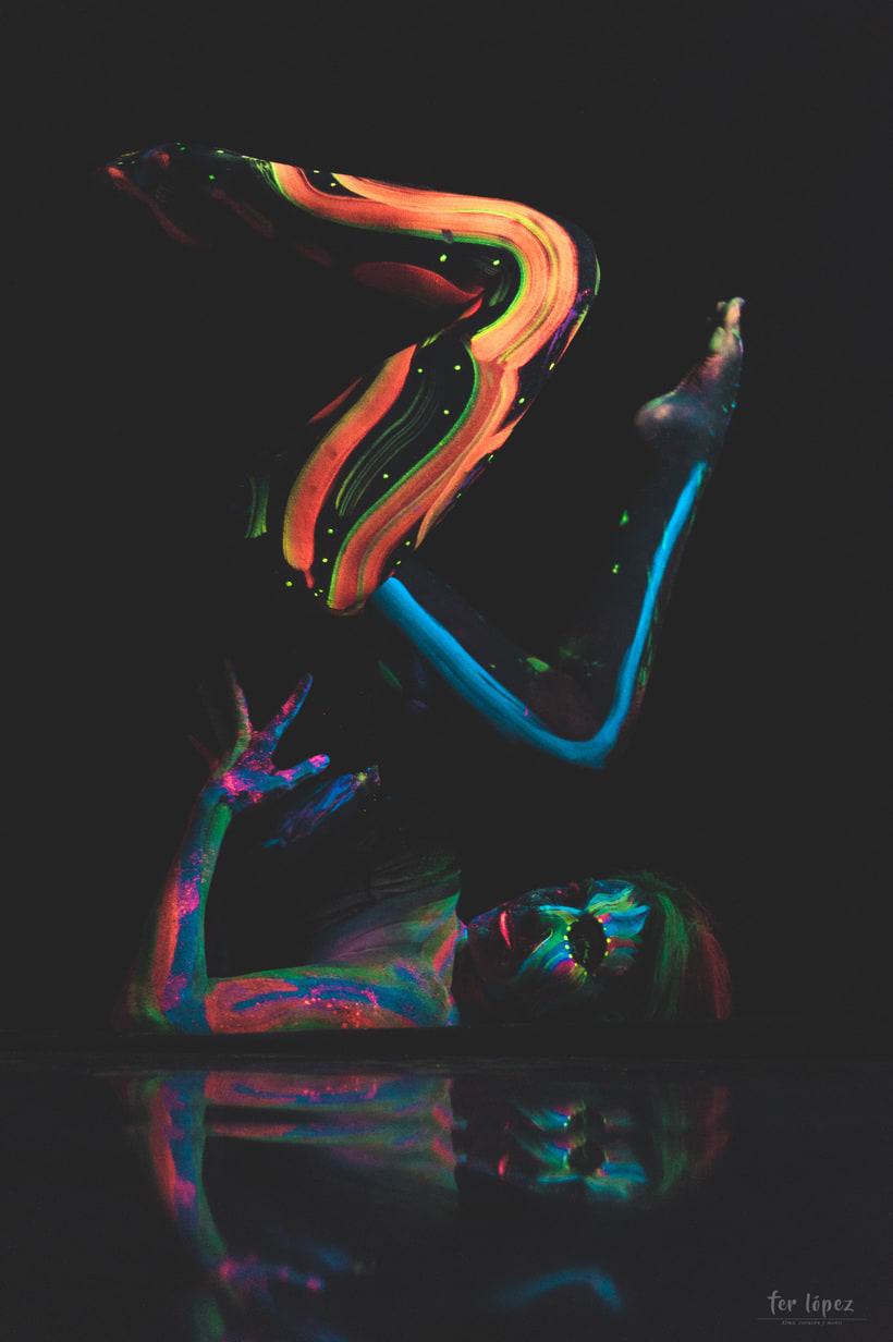 Bodypaint - Luz Negra 4
