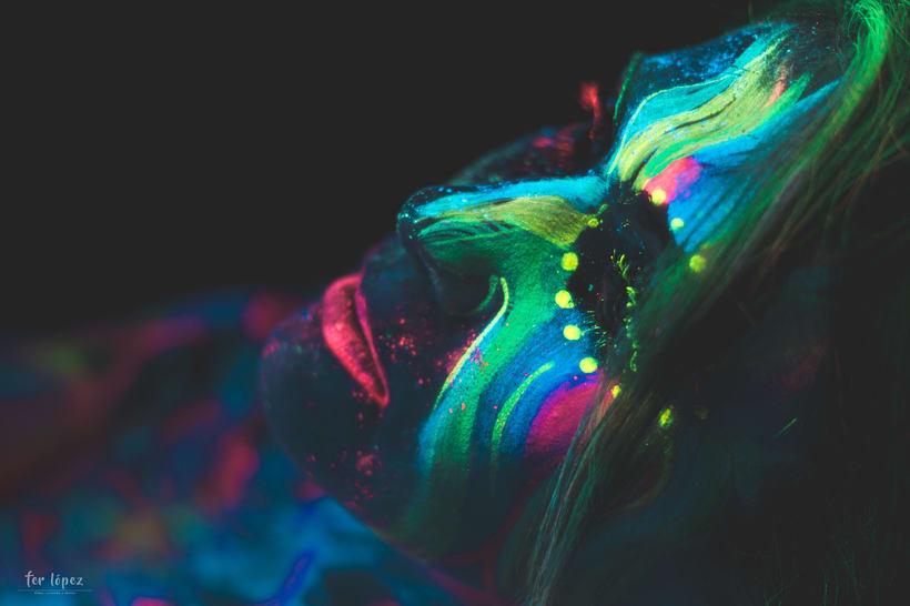 Bodypaint - Luz Negra 9