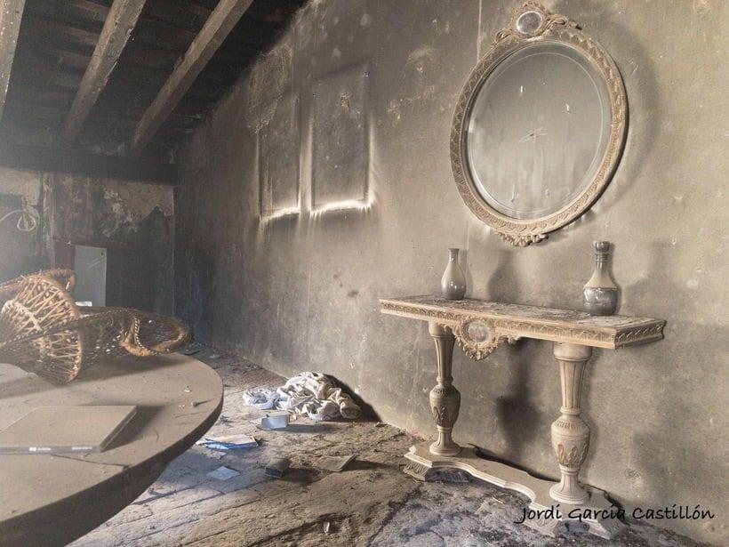 El paso del tiempo por una casa abandonada 1