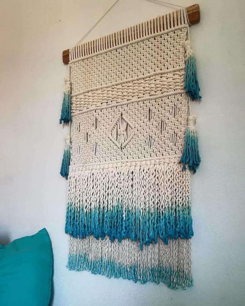 Mi Proyecto del curso: Introducción al macramé: creación de un tapiz decorativo 2