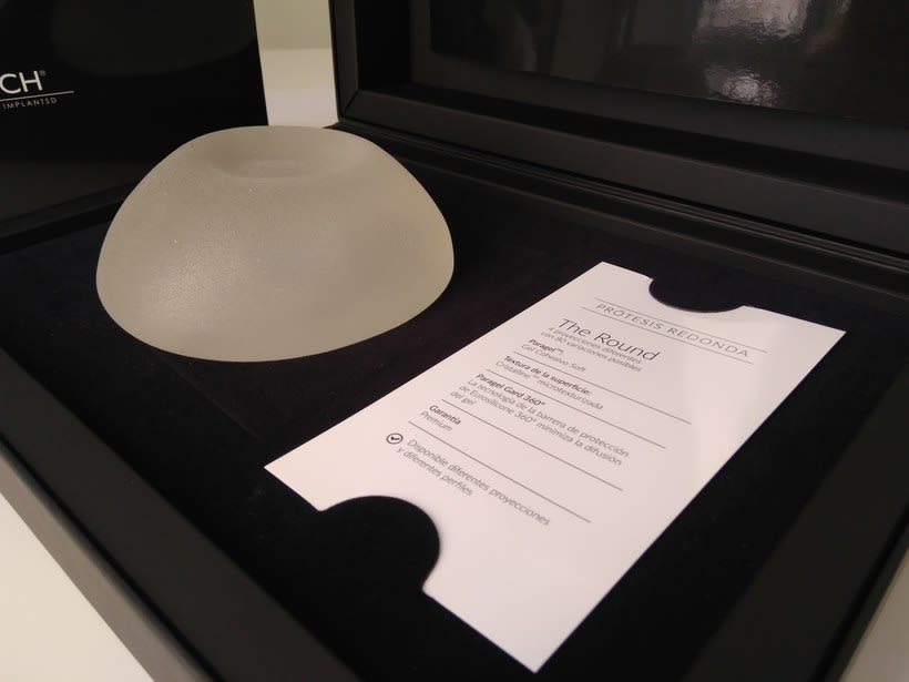 Clínicas Zurich Implants Packaging 14