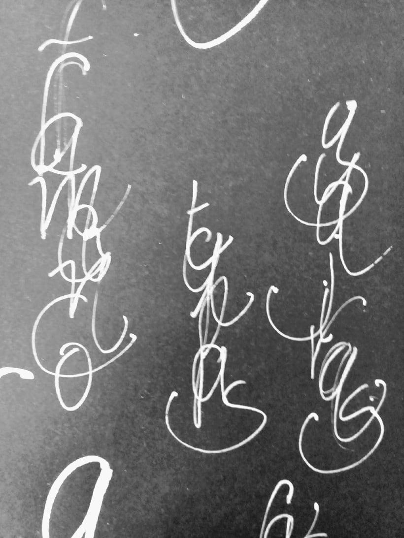 Mi Proyecto del curso: Caligrafía con tiralíneas 1