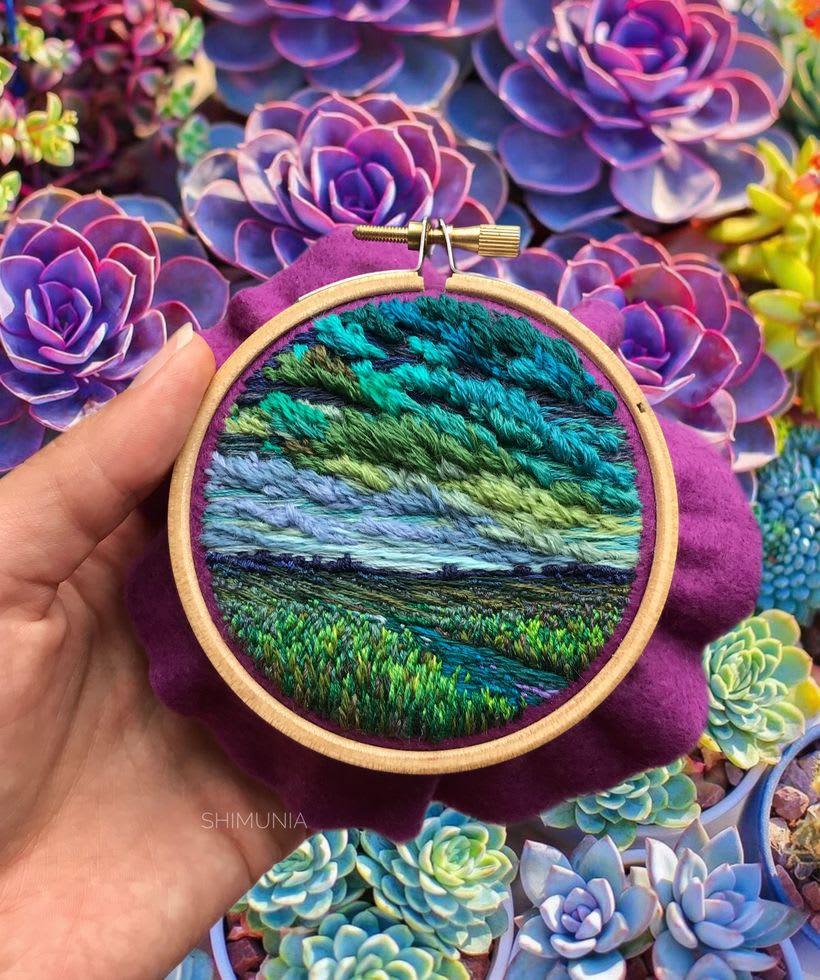 Shimunia: Pintando coloridos paisajes con aguja e hilo 7