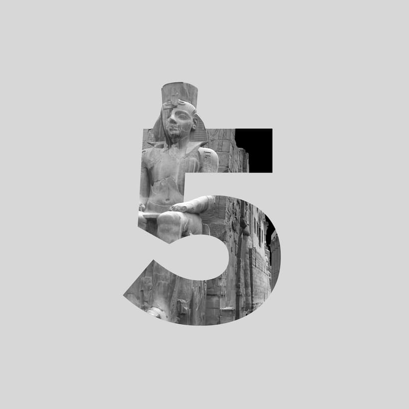 Divine Type / 36 Days Of Type 33