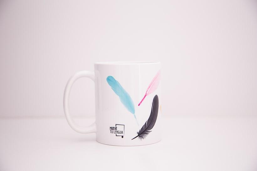 Merchandising Mueve tu lengua 3