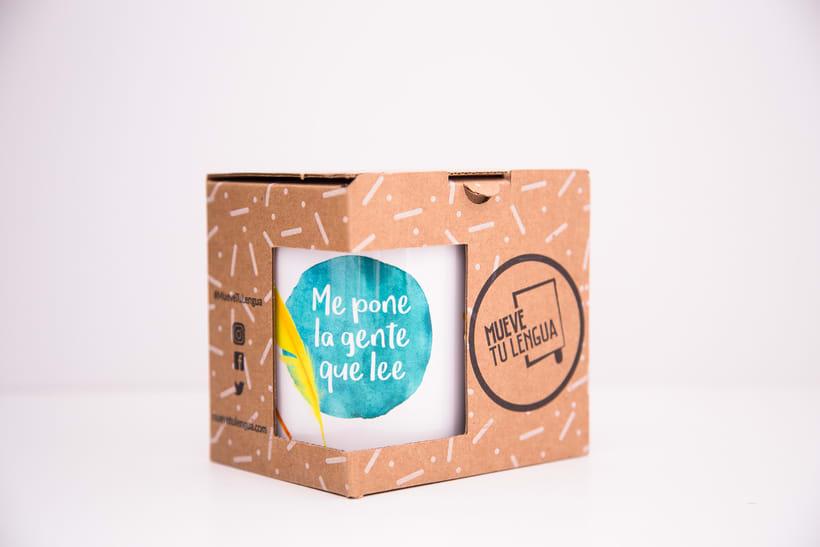 Merchandising Mueve tu lengua 4