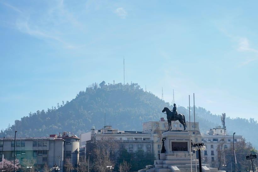 Caminado por los 200 años de la Alameda de Santiago de Chile 1