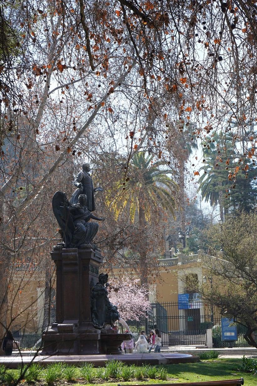 Caminado por los 200 años de la Alameda de Santiago de Chile 7