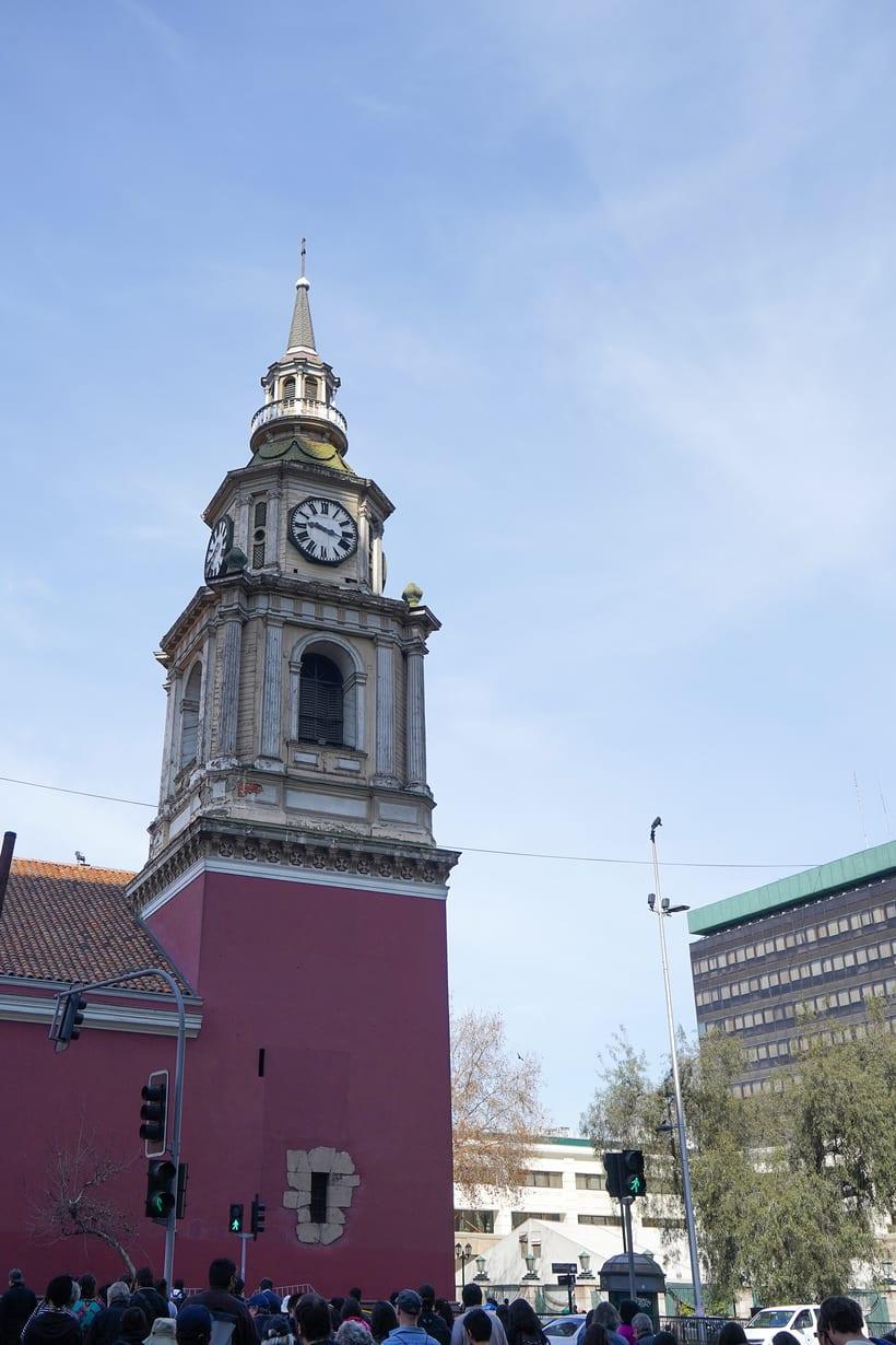Caminado por los 200 años de la Alameda de Santiago de Chile 9