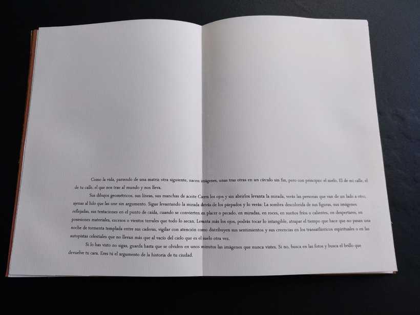 Mi Proyecto del curso: Encuadernación artesanal sin costuras CON LOS PIES EN EL SUELO (Primera Visión) fotografías de Jesús Moreno Moreno 5