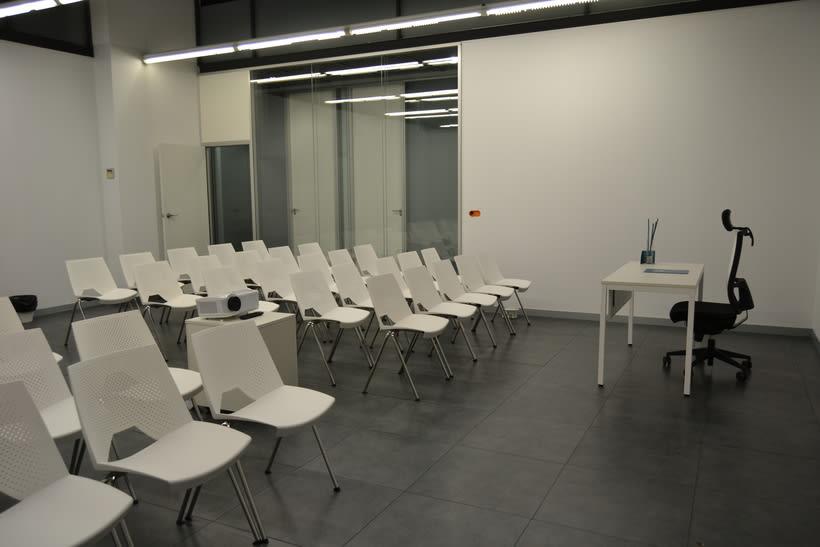 Sala Formación Inn Offices Estadio  2