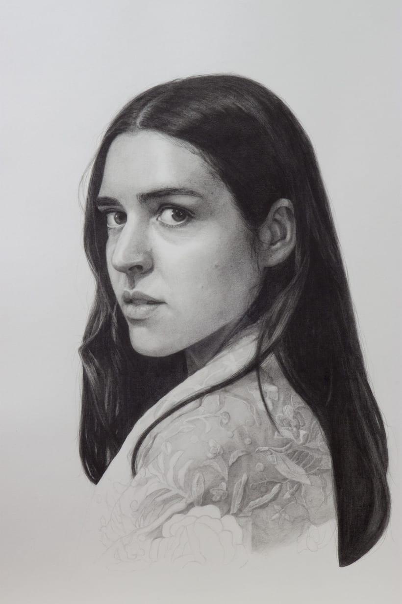 Mi Proyecto del curso: Retrato realista con lápiz de grafito 0