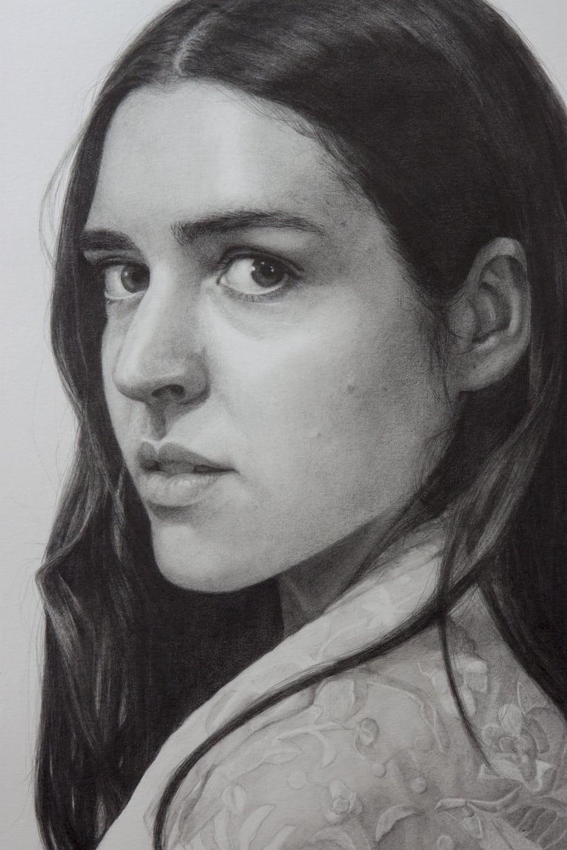 Mi Proyecto del curso: Retrato realista con lápiz de grafito 1