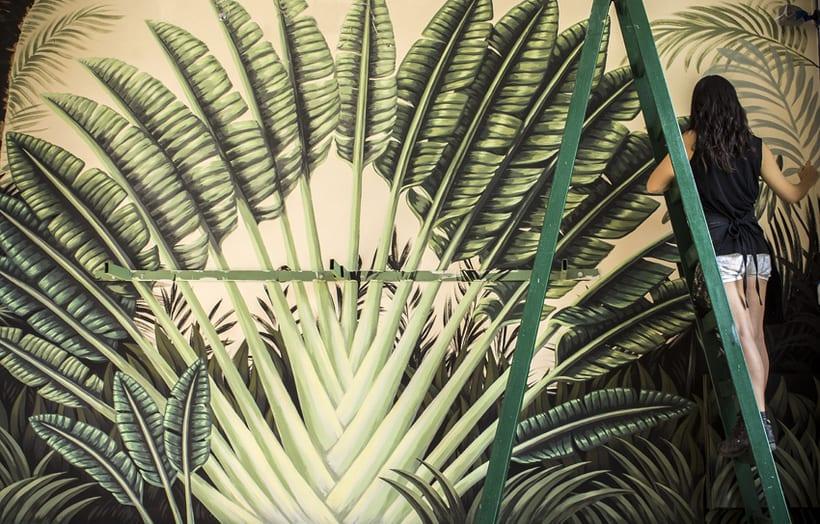 Mural Traveler Palm 0