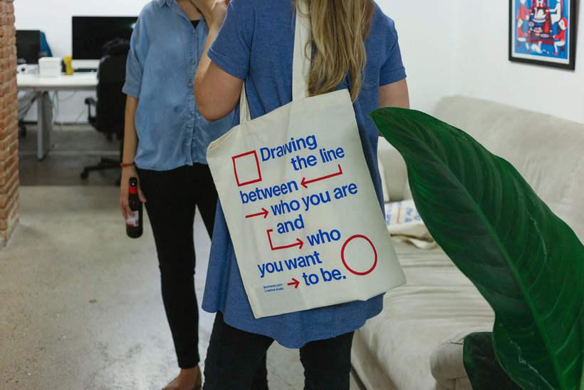 Estampación Tote Bags para el Aniversario del estudio creativo Bonhomic 21