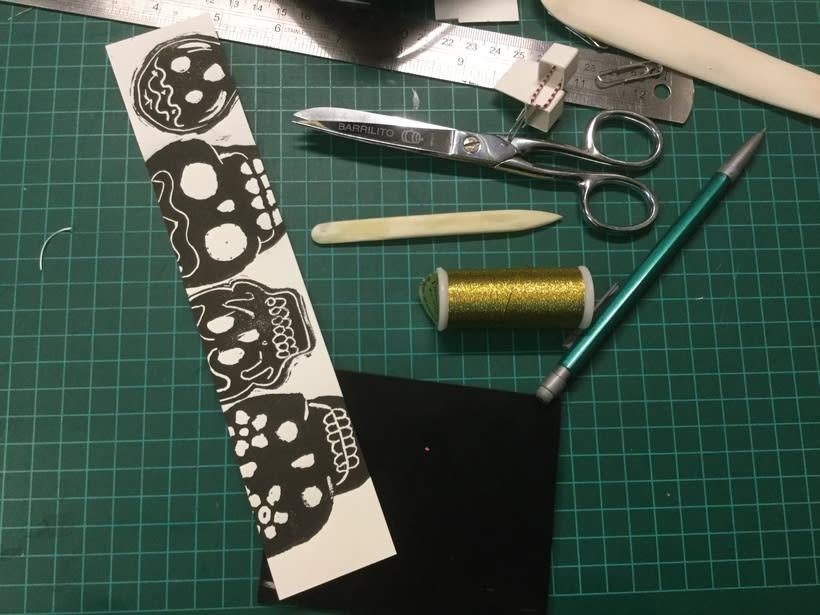 Mi Proyecto del curso: Técnicas de bordado experimental sobre papel 8