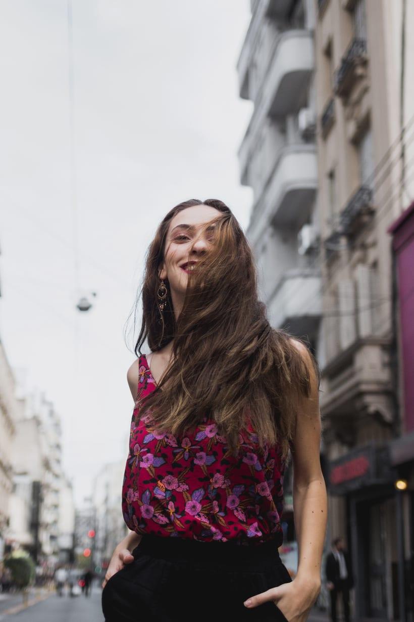 Girl in the city 1