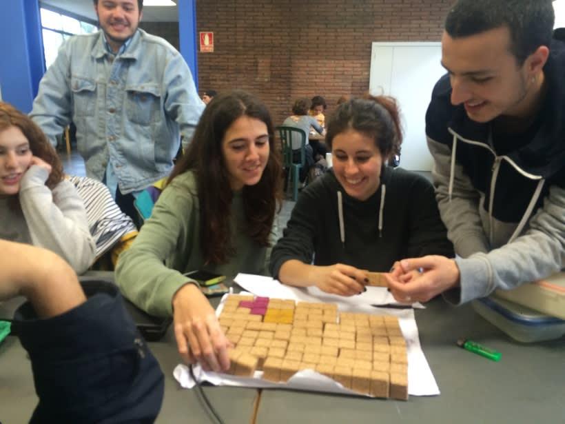 Juego de corcho inspirado en el clásico Tetris 18