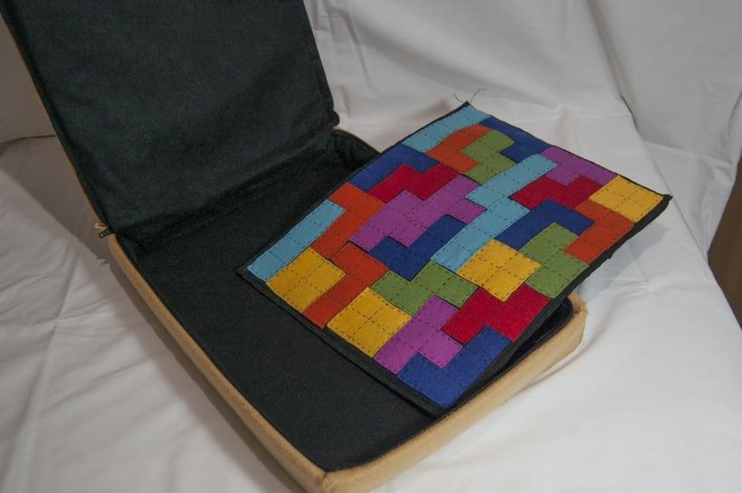 Juego de corcho inspirado en el clásico Tetris 4