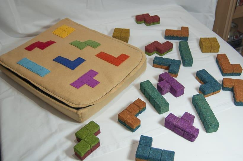 Juego de corcho inspirado en el clásico Tetris 13