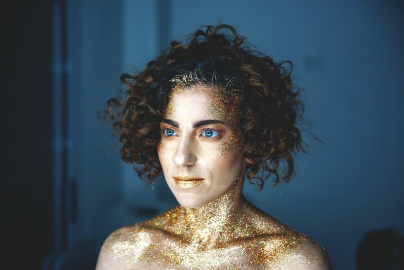 Golden Daniela -1