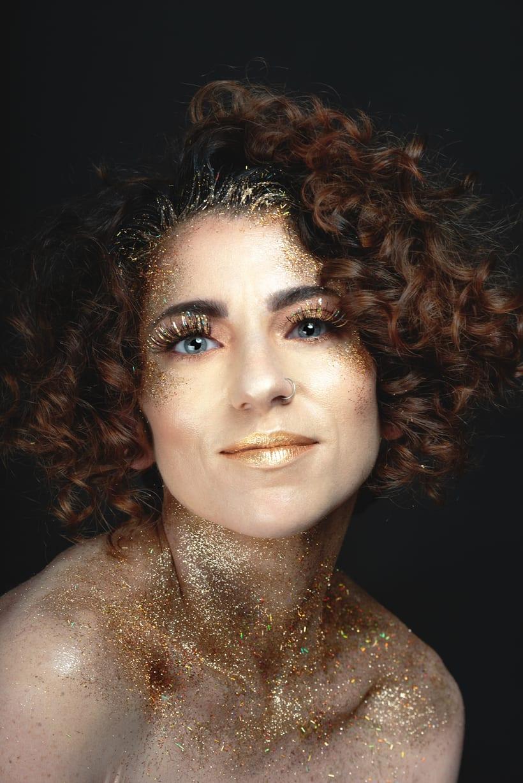 Golden Daniela 5