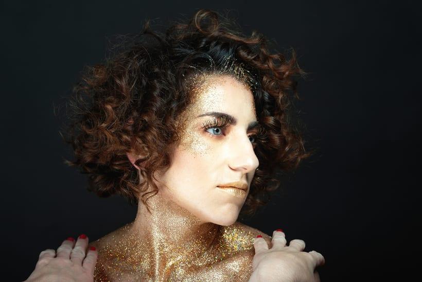Golden Daniela 6