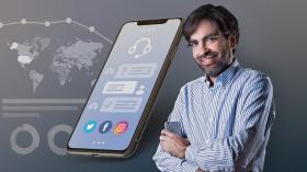 Customer Service Strategies in Social Networks