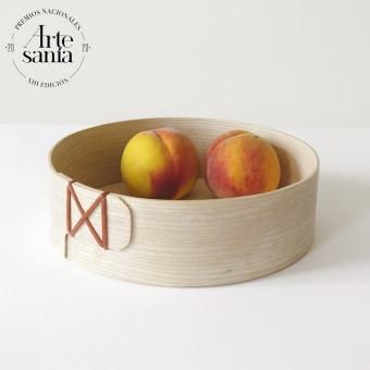 Bandejas Uztaia. Un proyecto de Artesanía, Diseño de producto y Carpintería de Muka Design Lab - 21.12.2020