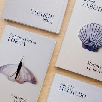 Colección grandes clásicos de poesía. Un progetto di Illustrazione, Progettazione editoriale , e Papercraft di Beatriz Costo - 08.02.2021